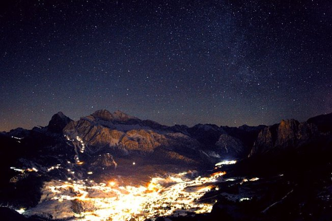 View of Cortina from the observatory.  (Photo courtesy of Alessandro Dimai http://www.cortinastelle.it/