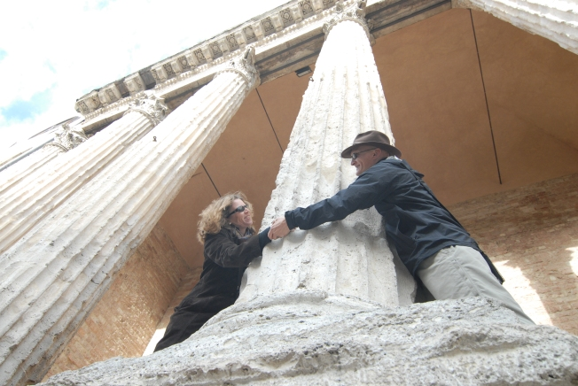 Tom and Heidi arround the Temple of Minerva in Assisi