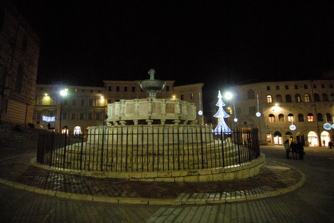 Perugia's Fontana Maggiore with the city's brightest Christmas tree