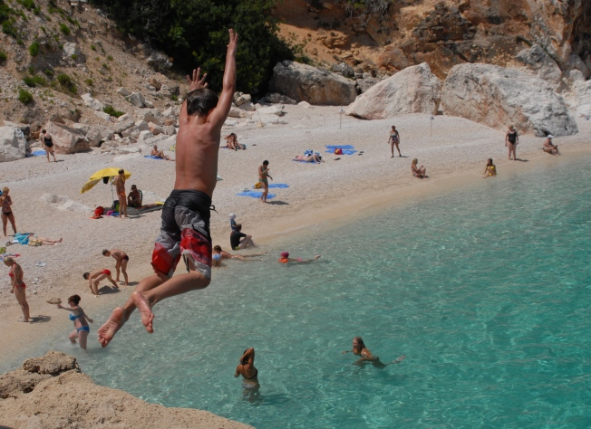 Cala Mariolu, with great jumping cliffs and another spectacular beach