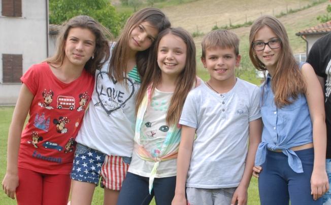 Alessia, Valentina, Gaia, Ray and Marie Elena